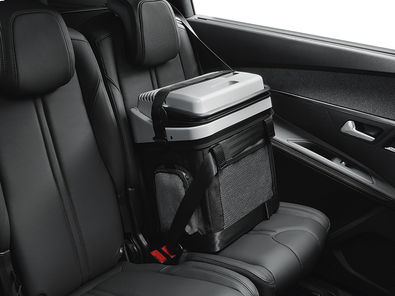 PEUGEOT PEUGEOT 5008 SUV Isotherm unit with capacity: 24 litres